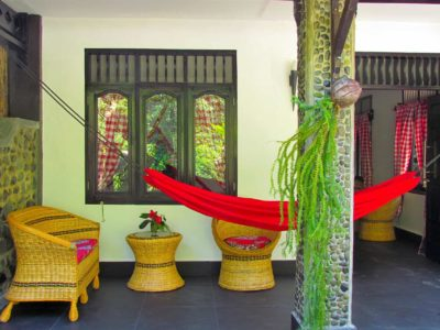 PATIO JUNGLE VIEW ROOM AT ECOTRAVEL COTTAGES BUKIT LAWANG - SUMATRA ECOTRAVEL