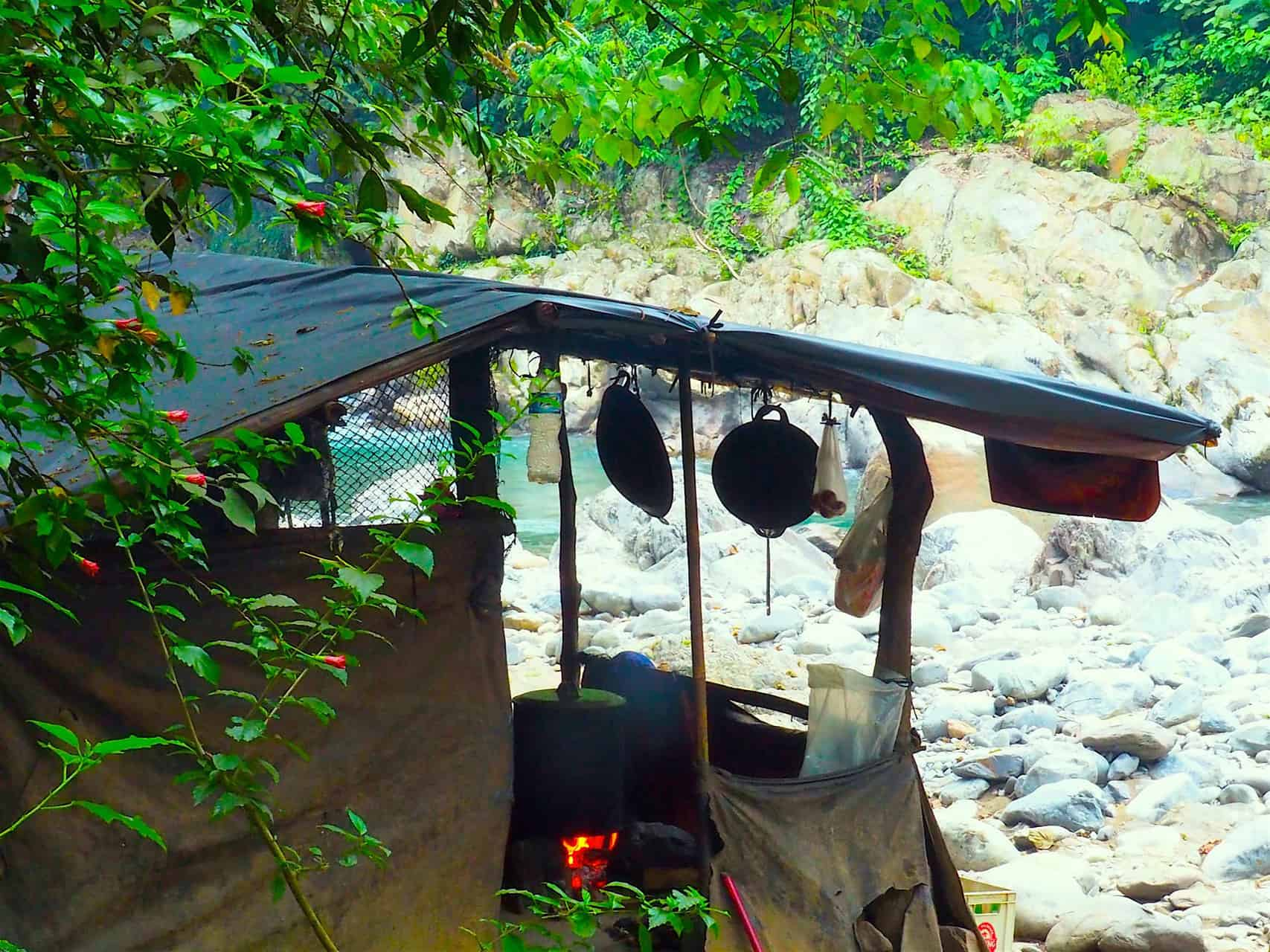JUNGLE KITCHEN - 3-DAY TREK - JUNGLE TREKKING - BUKIT LAWANG - SUMATRA ECOTRAVEL