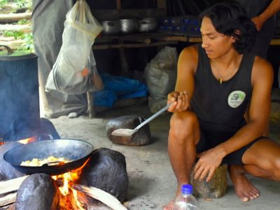 JUNGLE KITCHEN - JUNGLE TREKKING - BUKIT LAWANG - SUMATRA ECOTRAVEL
