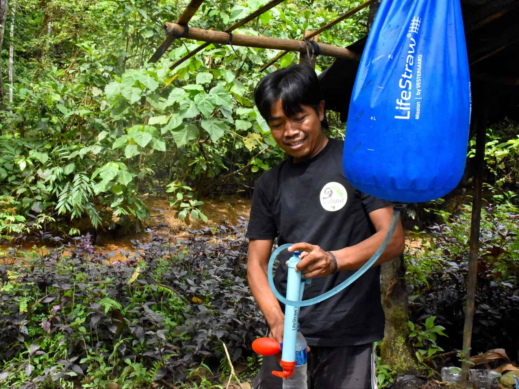 PLASTIC FREE - JUNGLE TREKKING - PURIFIED WATER - SUMATRA ECOTRAVEL BUKIT LAWANG