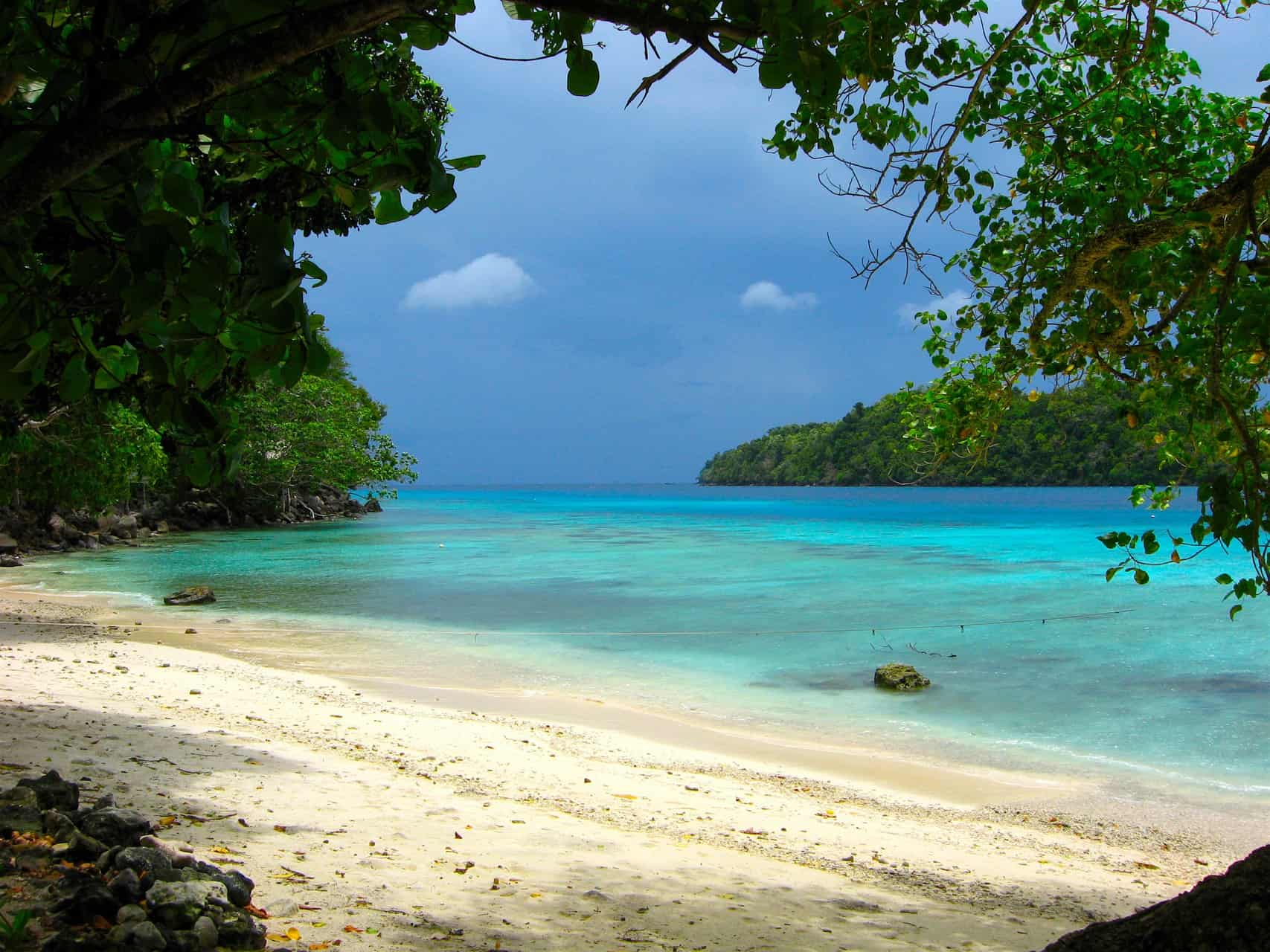 PULAU WEH - JUNGLE MEETS BEACH - SUMATRA ECOTRAVEL