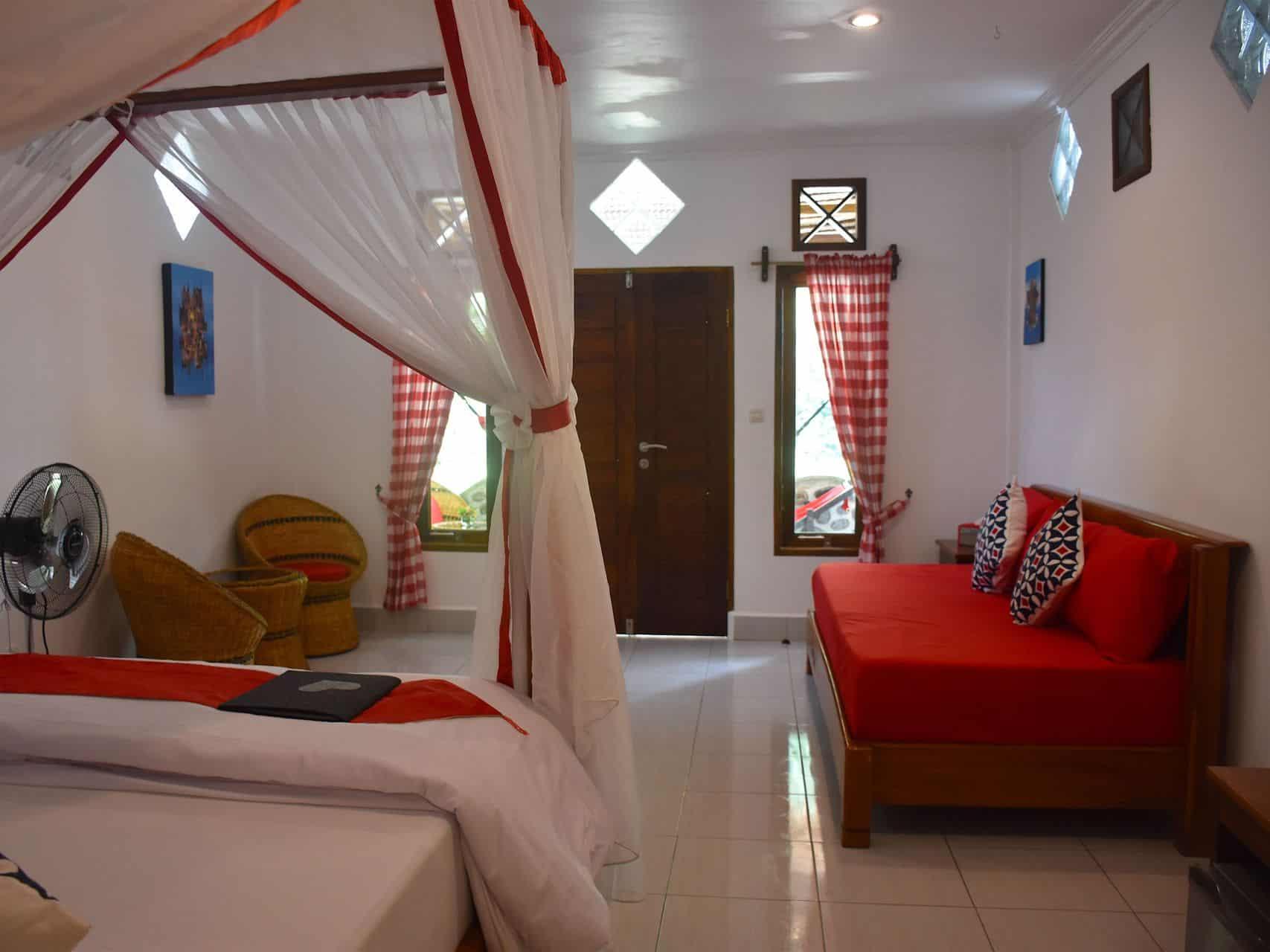 Jungle View Room (triple) - Hangout@EcoTravel Bukit Lawang
